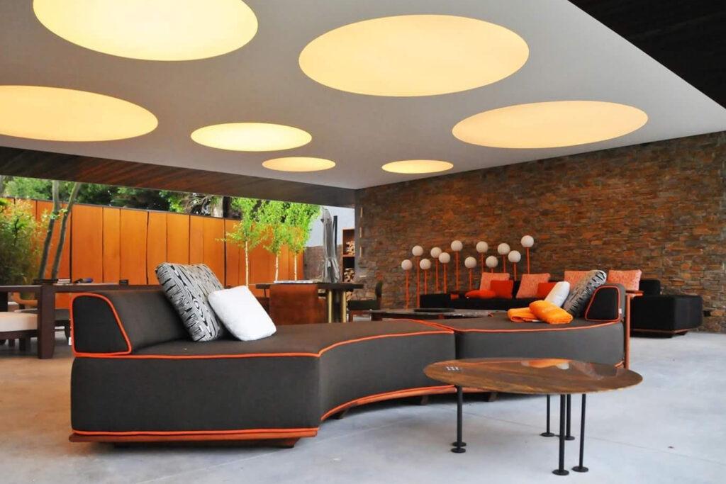 Spanplafond met verlichting